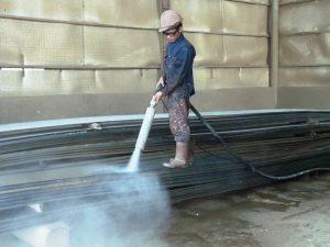 Gia công phun cát làm sạch nhà xưởng ở đâu tốt?