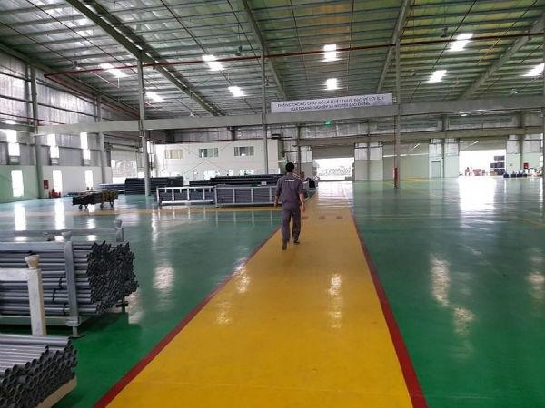 gia-cong-phun-son-nha-xuong-t2-1